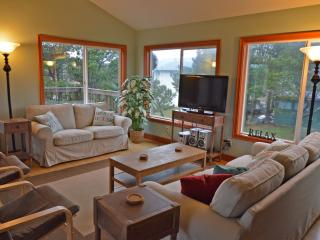 Nedonna Two - 4 Bedroom~Hot Tub~Great Beach Access - Rockaway Beach vacation rentals