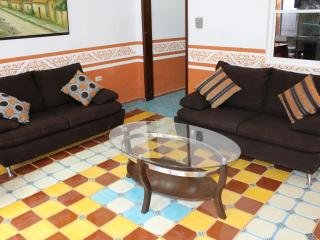 4 bedroom House with Internet Access in Valladolid - Valladolid vacation rentals
