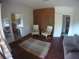 Comfortable Condo with Shared Outdoor Pool and Parking - Stellenbosch vacation rentals