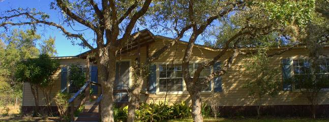 Red Corral Ranch – Deerview Cabin - Image 1 - Wimberley - rentals