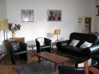 """La Galerie"" - Comfortable Provence Cottage - Pernes-les-Fontaines vacation rentals"