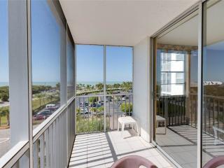 Bonita Beach & Tennis 4507, 1 Bedroom, 5th Floor, 2 Heated Pools, Sleeps 4 - Survey Creek vacation rentals