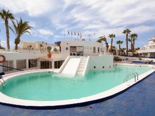 Studio Esperanza with Pool in Puerto del Carmen - Puerto Del Carmen vacation rentals
