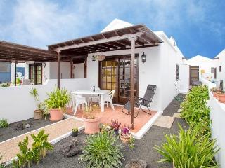 Casa Mariluz only 30m from the beach, Playa Honda - Playa Honda vacation rentals