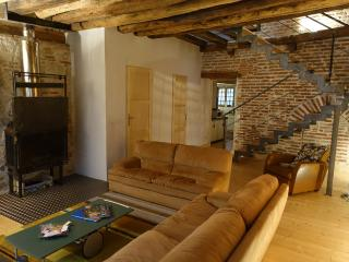 Cozy 3 bedroom Townhouse in Lavaur with Internet Access - Lavaur vacation rentals