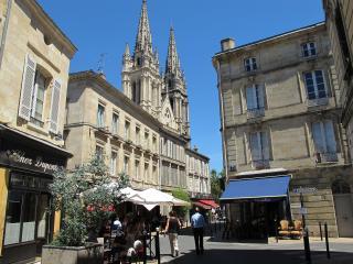 Appart NOTRE DAME T2 50 m2 - Bordeaux vacation rentals