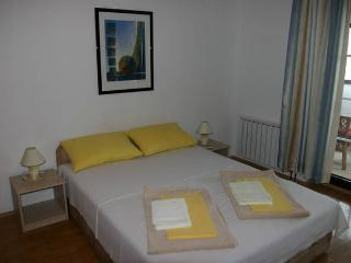 Rubin  6 nice apartment for 3 people - Novalja vacation rentals