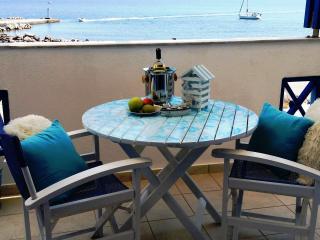 Adams on the Beach, Santorini, Monolithos - Monolithos vacation rentals