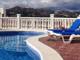 Casa Natalie, lovely modern villa - Alcaucin vacation rentals