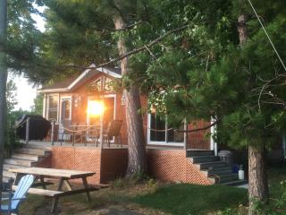 Beautiful Cottage with Long Term Rentals Allowed and Balcony - West Nipissing vacation rentals