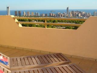 Penthouse Cerezos II, beautiful sea views - Benidorm vacation rentals
