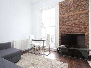 F3144GP 1 Bedroom in Baker Street - London vacation rentals