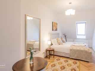 Grand Astoria Apartment  Budapest - Budapest vacation rentals
