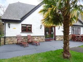 SNOWDROP, quality lodge with access to swimming pool, gym, WiFi, en-suites, Hustyns, Wadebridge Ref 11348 - Wadebridge vacation rentals