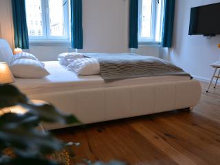 Vienna-Vintage-Apartment 2 - Vienna vacation rentals