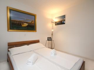 Cozy 1 bedroom Piran Condo with Internet Access - Piran vacation rentals