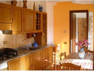 Casa Vacanza Giorno&Notte 4 posti letto - Colleferro vacation rentals
