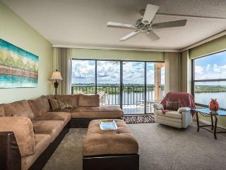 Nice Condo with Internet Access and A/C - Indian Shores vacation rentals