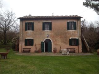 Splendida villa del 700 immersa nel verde - Capranica vacation rentals