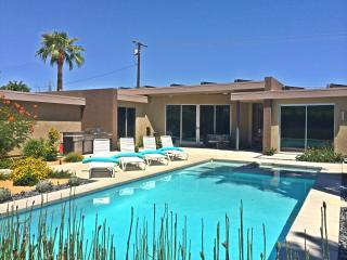 Stunning Modern, Pool/ Spa Home, with Amazing View - Palm Springs vacation rentals