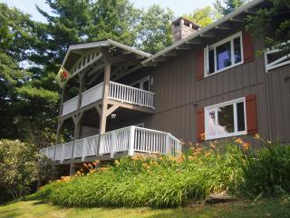 Lovely House with Fireplace and Towels Provided - Blowing Rock vacation rentals