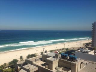 FLAT FRENTE PRAIA DO PEPÊ #55 - Rio de Janeiro vacation rentals