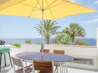 85 Seafront, golf, seawater swimming pool - Golf del Sur vacation rentals