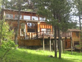 Coyote Ridge Lodge & Bunkhouse - Spearfish vacation rentals