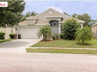 Beautiful home w/pool minutes away from Disney - Orlando vacation rentals