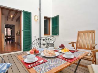 1 Palma Old Town apartment with terrace - Palma de Mallorca vacation rentals