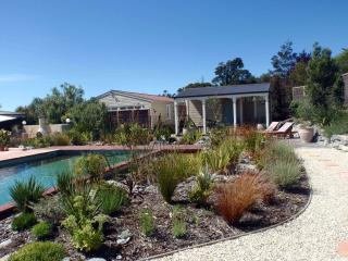 Lancewood Villa country accommodation - Nelson vacation rentals