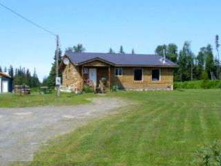Cozy & Convenient in Anchor Point - 20 Minutes from Homer, Alaska - Anchor Point vacation rentals