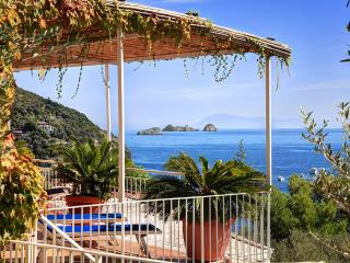 2 bedroom Apartment with Internet Access in Massa Lubrense - Massa Lubrense vacation rentals