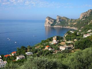 Charming 2 bedroom Apartment in Massa Lubrense with Internet Access - Massa Lubrense vacation rentals