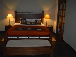 Nice Villa with Internet Access and A/C - Kandy vacation rentals