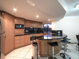 Perfect 3 bedroom Penthouse in Airlie Beach - Airlie Beach vacation rentals