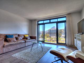 De Waterkant Quayside Apartment - Cape Town vacation rentals