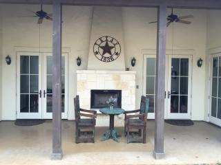 **NEW** Hill Country Villa in Gated Community - Kerrville vacation rentals