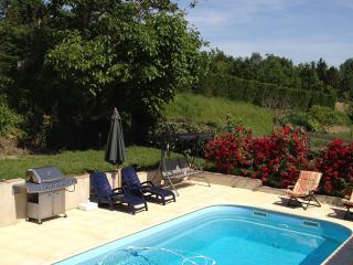 Holiday Home to Discover Lot & Garonne & Dordogne - Seyches vacation rentals