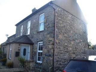 Luxury 5-Star Tyddyn Bach Cottage at Morfa Nefyn - Morfa Nefyn vacation rentals