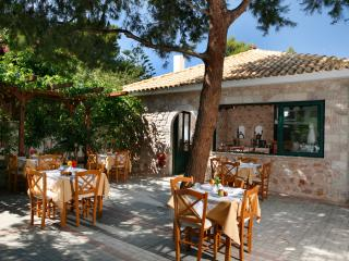 Beautiful 1 bedroom House in Monemvasia - Monemvasia vacation rentals