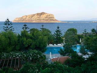 1 bedroom House with Internet Access in Monemvasia - Monemvasia vacation rentals