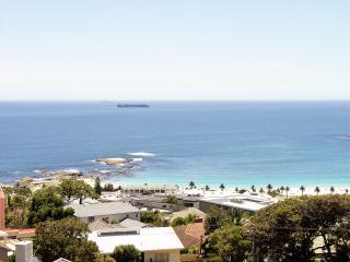 BLEU MARINE STUDIO CAMPS BAY - Camps Bay vacation rentals
