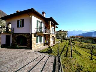 Nice 5 bedroom Villa in Lenno - Lenno vacation rentals