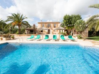 CAN JULIA - Property for 6 people in Es Llombards - Es Llombards vacation rentals