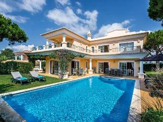 Bright Villa with Deck and Internet Access - Vale do Lobo vacation rentals