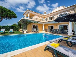 Bright 4 bedroom Villa in Vale do Lobo - Vale do Lobo vacation rentals