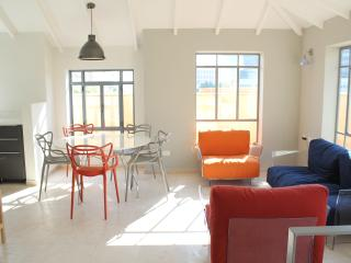4 bedroom Apartment with Internet Access in Tel Aviv - Tel Aviv vacation rentals