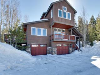 Modern luxury, with a private hot tub and gourmet kitchen! - Silverthorne vacation rentals