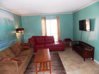 Just Beachy, nicely updated 2 bedrm condo - Port Aransas vacation rentals